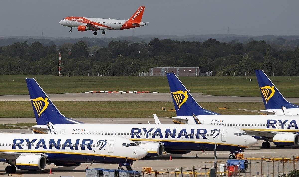 Mieszkańcy UK wykupują bilety lotnicze na wakacje. Ryanair mówi o wzroście rezerwacji po wystąpieniu Borisa Johnsona