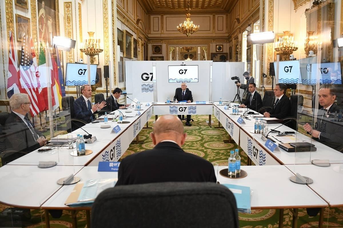 PILNE: Dwa przypadki koronawirusa wśród członków indyjskiej delegacji na spotkania G7 w Londynie