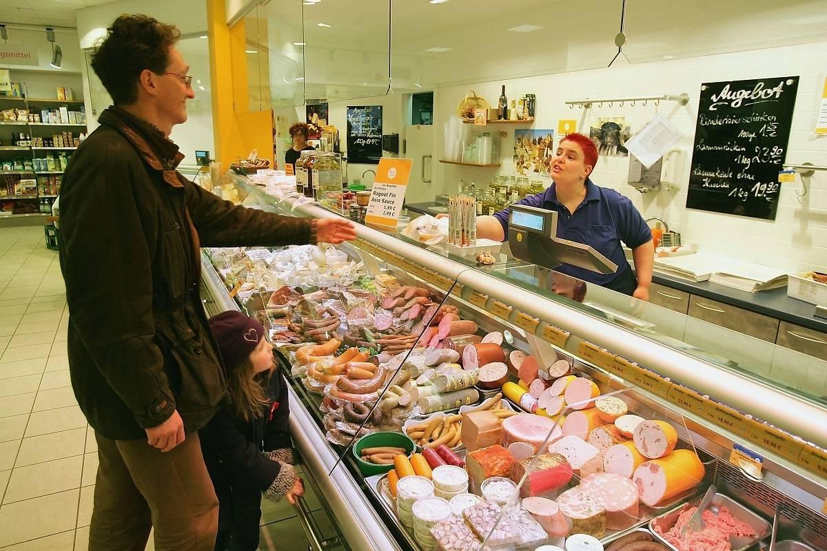 Dwie trzecie Brytyjczyków wolałoby umrzeć do 10 lat wcześniej, niż zrezygnować z jedzenia mięsa