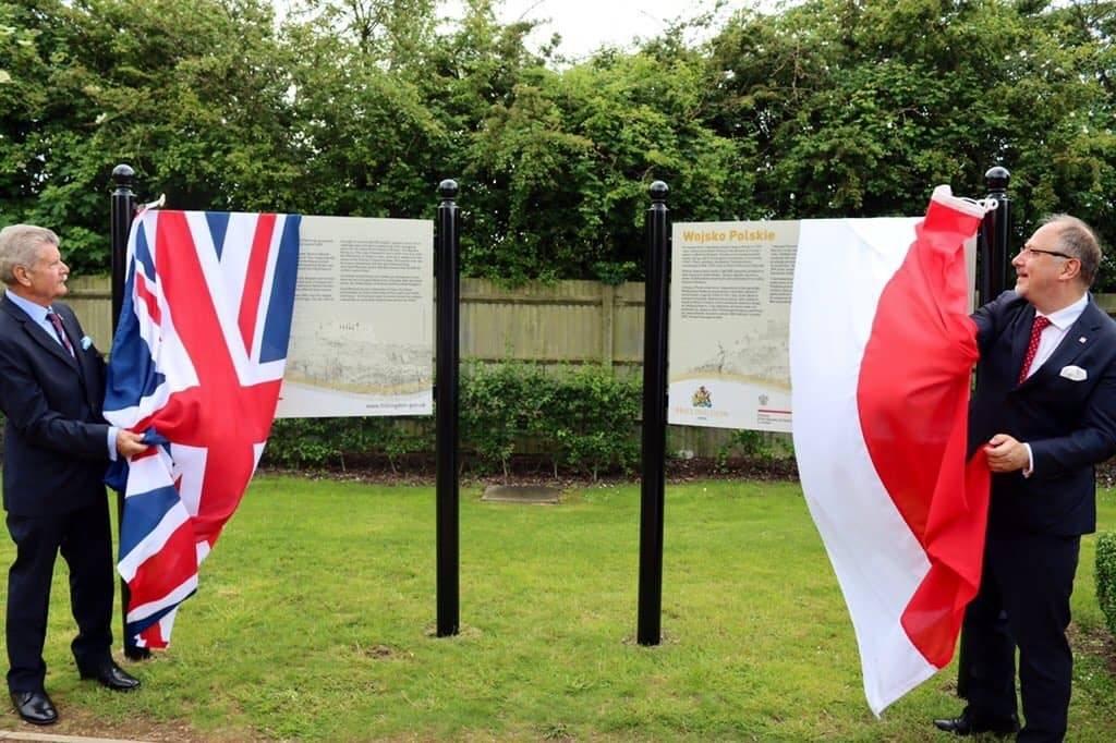 W londyńskim Ogrodzie Pamięci odsłonięto tablice poświęcone Polskim Wojskom Lądowym