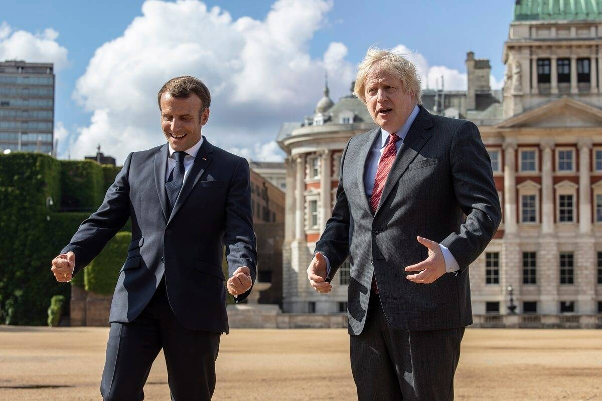 """Francja planuje """"zemstę"""" za Brexit? Język angielski może zniknąć z unijnych dokumentów, gdy rząd Macrona przejmie przywództwo w UE"""