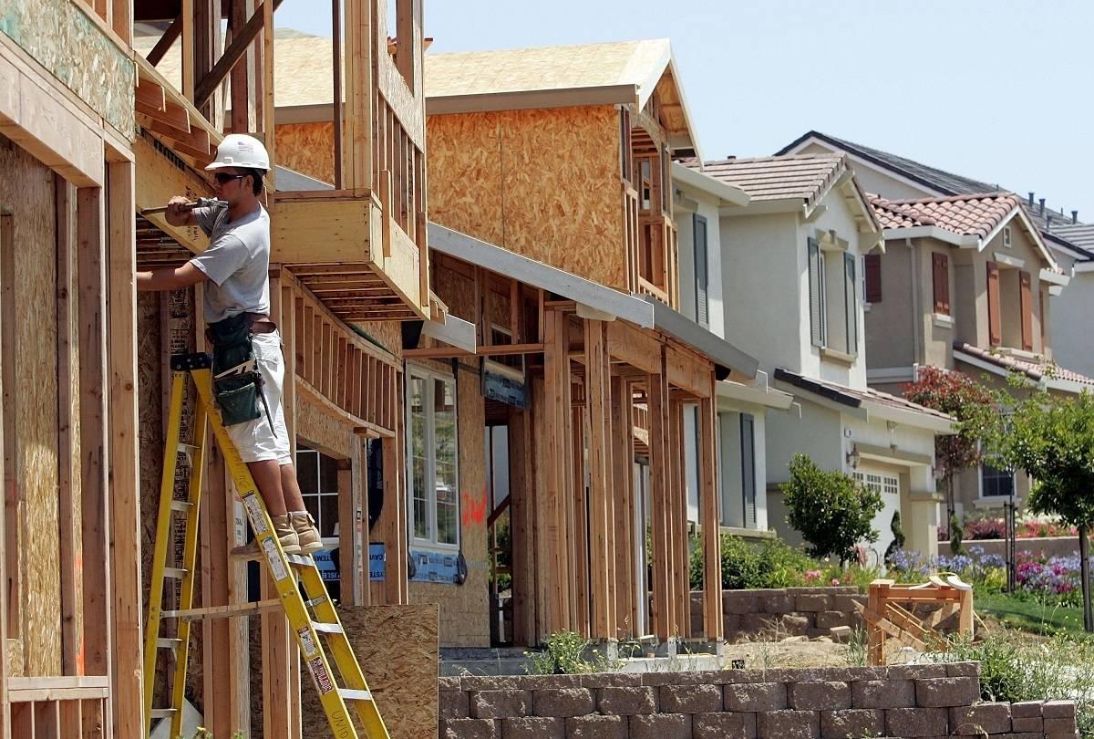 """Nawet do 50% zniżki na zakup nowego domu w Anglii - czym będzie program """"First Homes"""""""