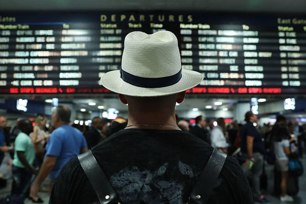 Co piąty mieszkaniec UK rozważa wyjazd na wakacje do kraju z AMBER LIST. Pomimo obowiązku poddania się kwarantannie po przyjeździe