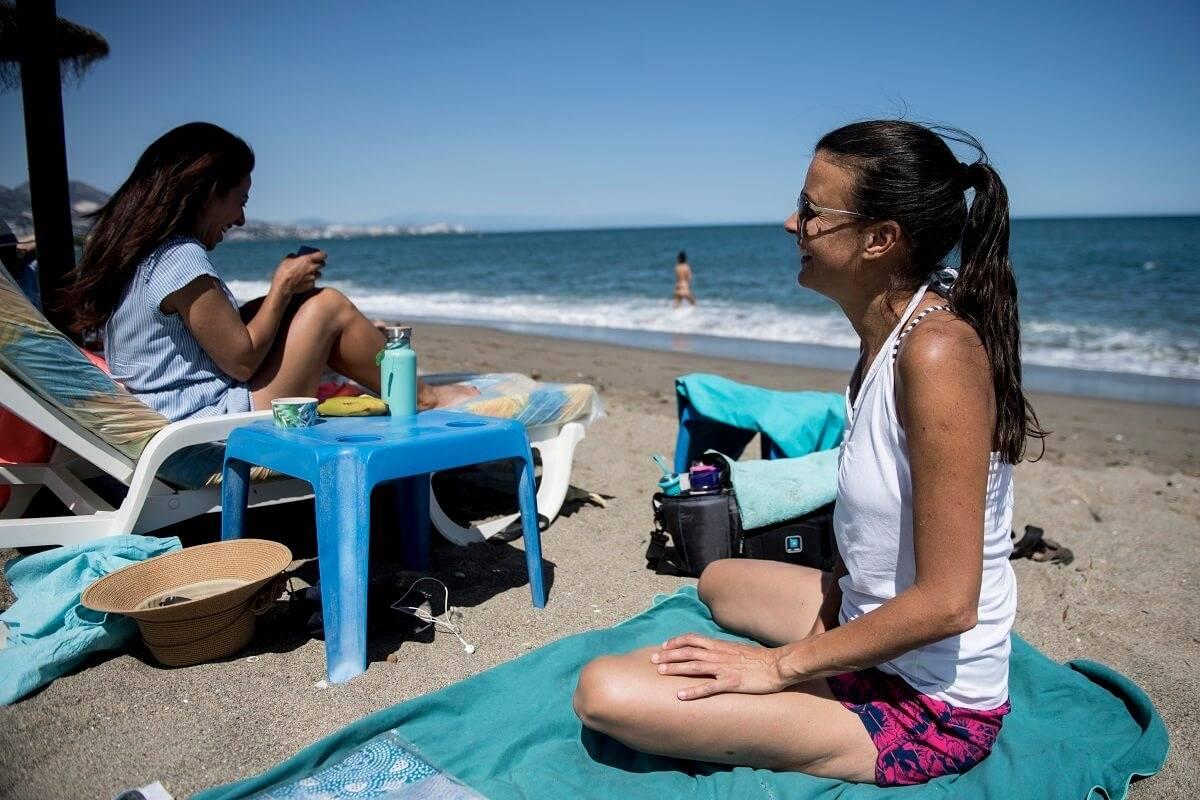 Apel do mieszkańców UK, aby unikali wyjazdów zagranicznych i spędzali tegoroczne wakacje na Wyspach