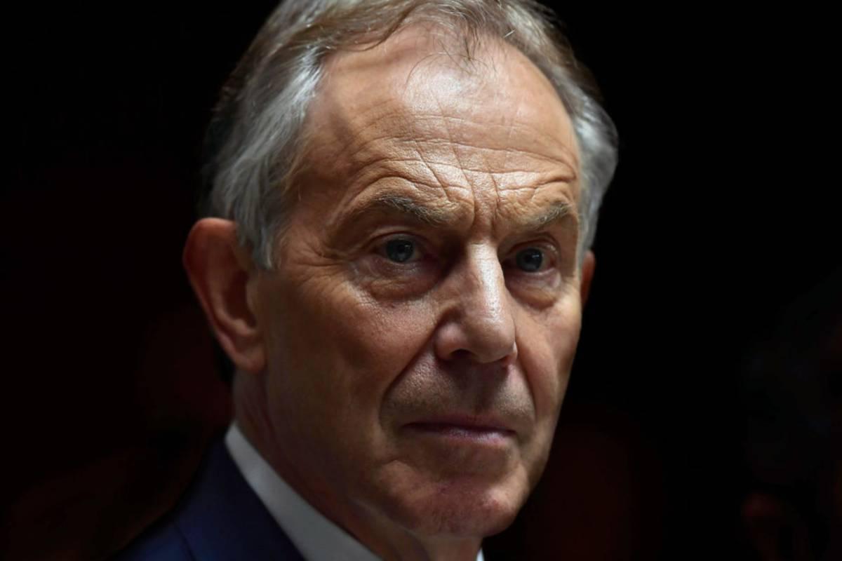 Tony Blair wzywa do preferencyjnego traktowania osób zaszczepionych