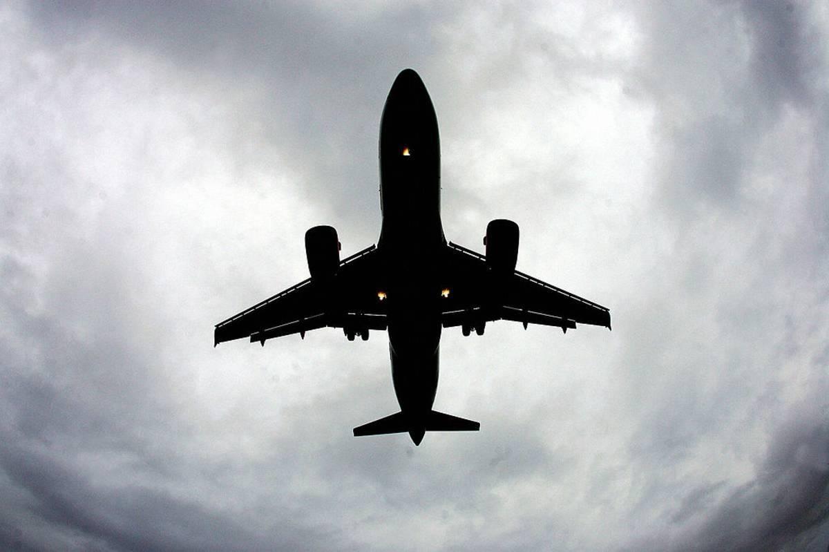 Czy linie British Airways i Ryanair dopuszczały się łamania prawa konsumentów w trakcie epidemii? To wykaże śledztwo