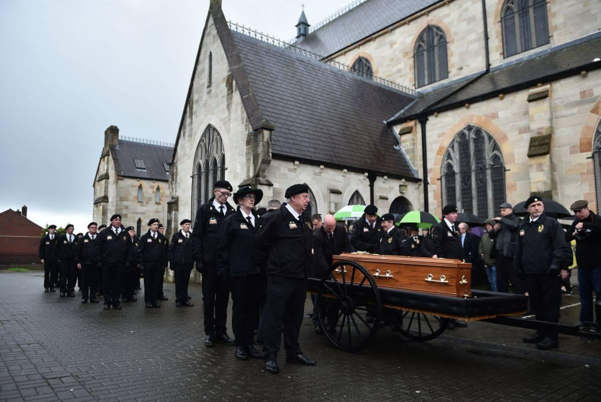 Większość Brytyjczyków nie ma problemu, by rozmawiać o swojej śmierci i ustaleniach dotyczących pogrzebu. To efekt epidemii?
