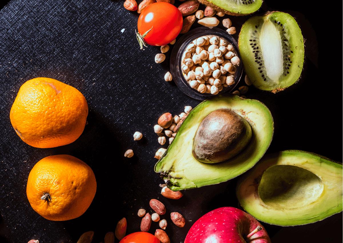 Trzy przykazania zdrowej kolacji. Co i jak jeść przed pójściem spać?