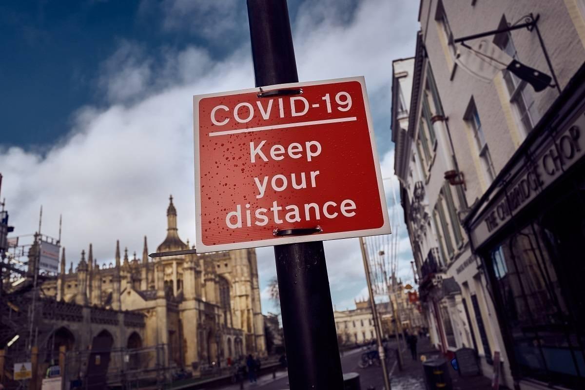 """Pełny lockdown w UK nie jest wykluczony, jeśli koronawirus """"obejdzie"""" szczepionkę – ujawnia minister w rządzie Borisa Johnsona"""