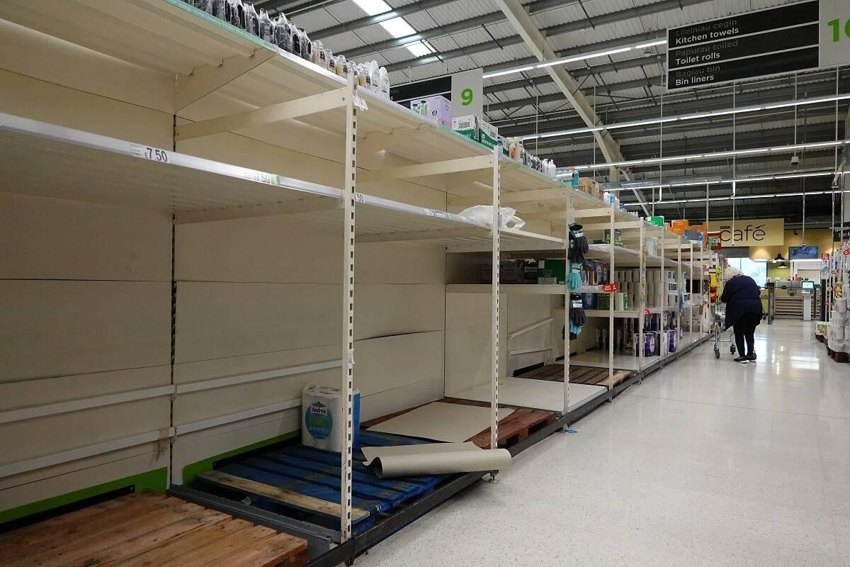 Tesco ostrzega: Pustki na półkach sklepowych przed świętami mogą być większe niż w czasie pierwszego lockdownu